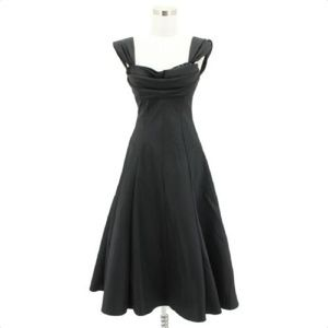 A115 CACHE Designer Dress Size 4 Black Solid Fit a